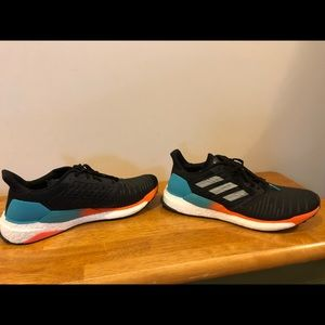 Men's ADIDAS Solarboost size 12 Shoes
